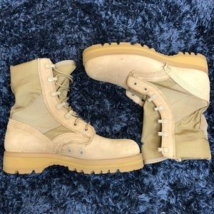 NWOT US Military Army Combat Boots Vibram Size 5R